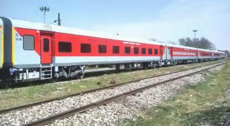 印度铁路公司针对候补乘客的克隆火车计划进行了解释